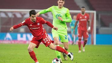 Bartosz Białek (w zielonej koszulce) podczas meczu Bayernu Monachium z Wolfsburgiem