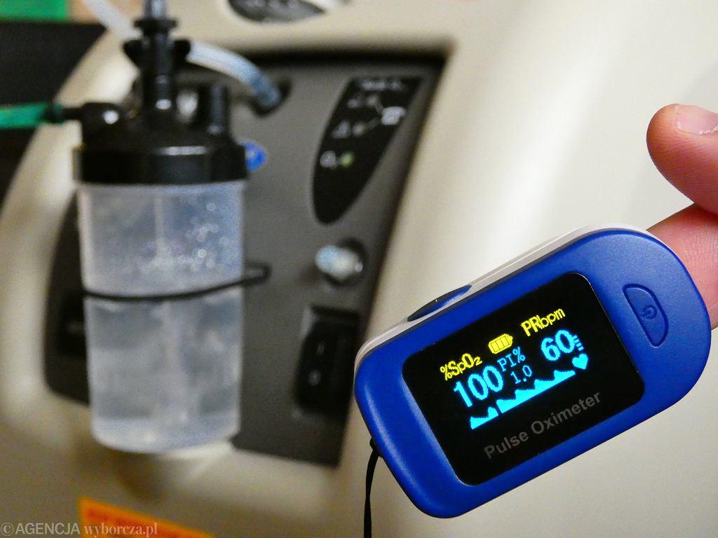 Pulsoksymetr (zdjęcie ilustracyjne)