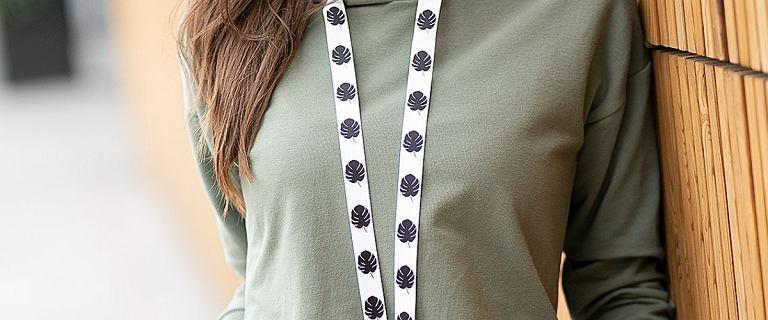 Te modne dresy dla kobiet po 50-tce są bardzo wygodne i niedrogie. Welurowe komplety wyglądają zjawiskowo!