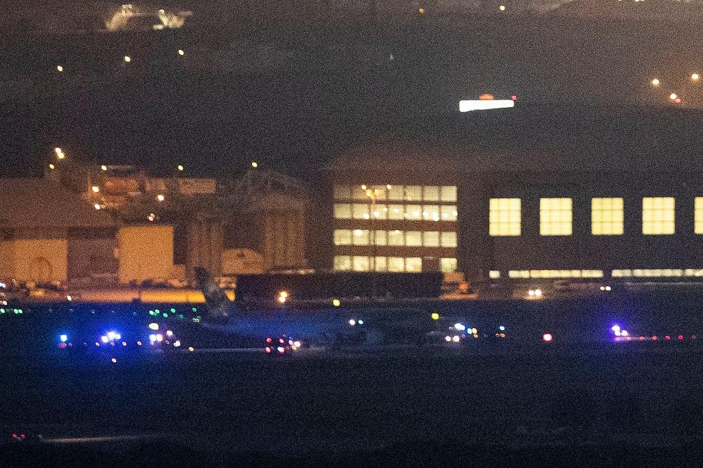 Boeing 767 kanadyjskich linii lotniczych po awaryjnym wylądowaniu - zbliżenie