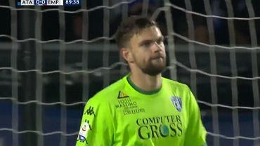 Bartłomiej Drągowski w trakcie meczu Empoli z Atalantą