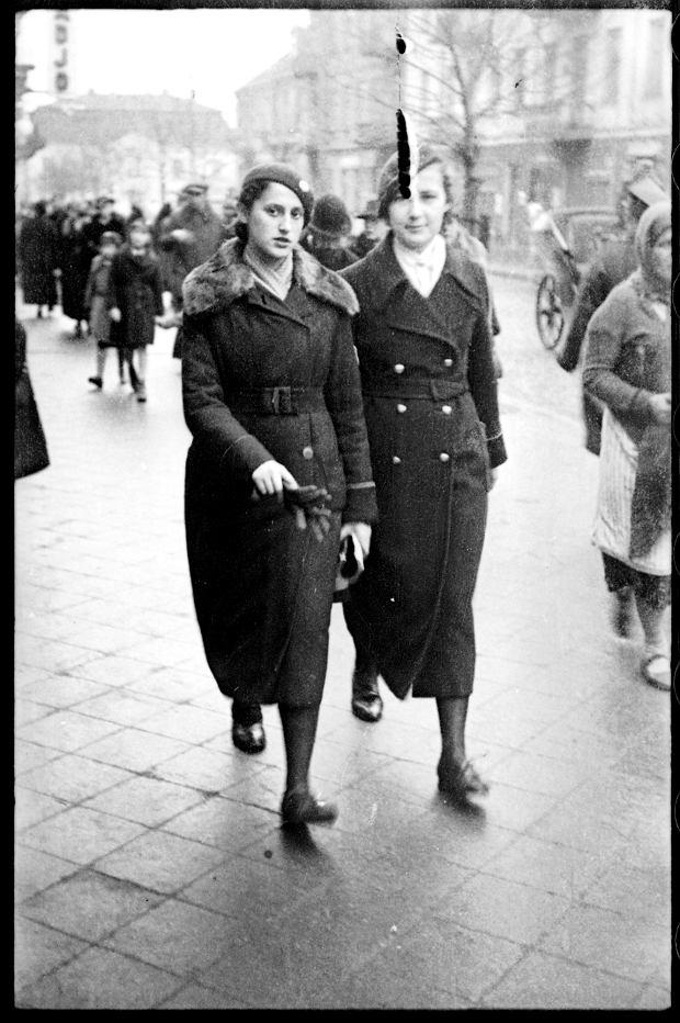 Zdjęcie numer 22 w galerii - Zdarzyło się... 1 listopada 1936 roku. Niepublikowane zdjęcia sprzed 81 lat