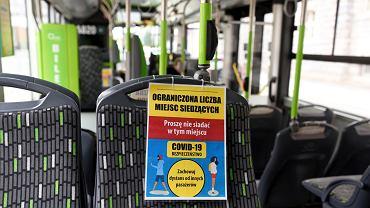 Autobus miejski w Olsztynie w czasie epidemii koronawirusa