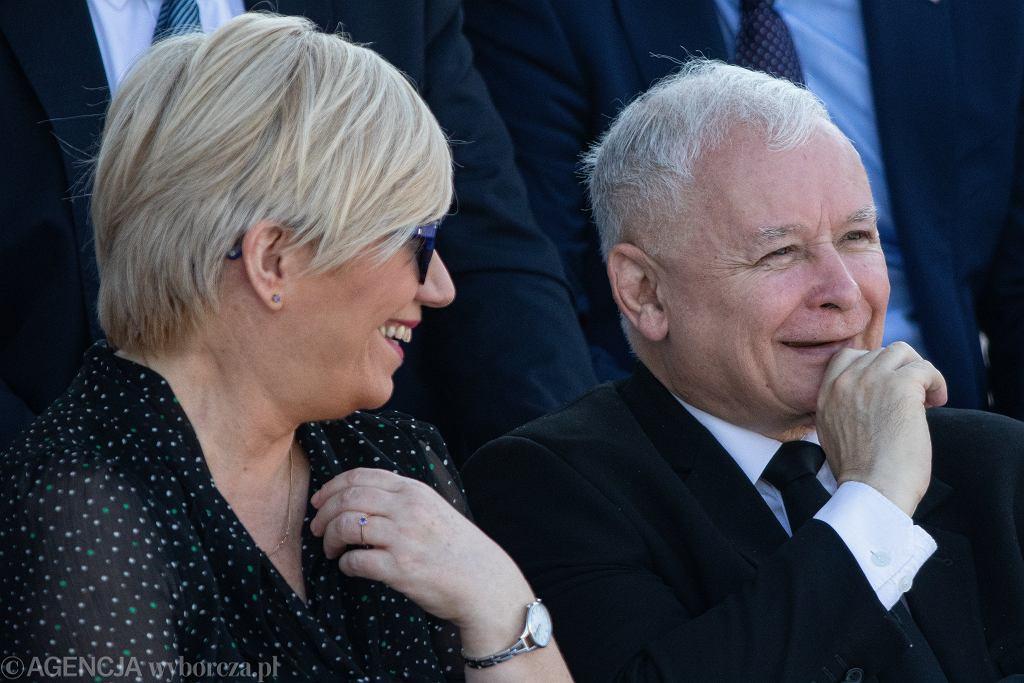 Prezes TK z nadania PiS Julia Przyłębska i jej mocodawca, prezes Jarosław Kaczyński. Warszawa, obchody rocznicy wybuchu II wojny światowej, 1 września 2019