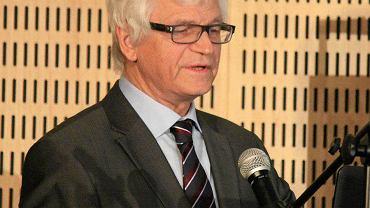 Prof. Piotr Witakowski miał wykład na II Konferencji Smoleńskiej, obok naukow ców sympatyzujących z teoriami zamachowymi Macierewicza