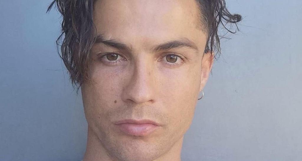 Cristiano Ronaldo pokazał nową fryzurę