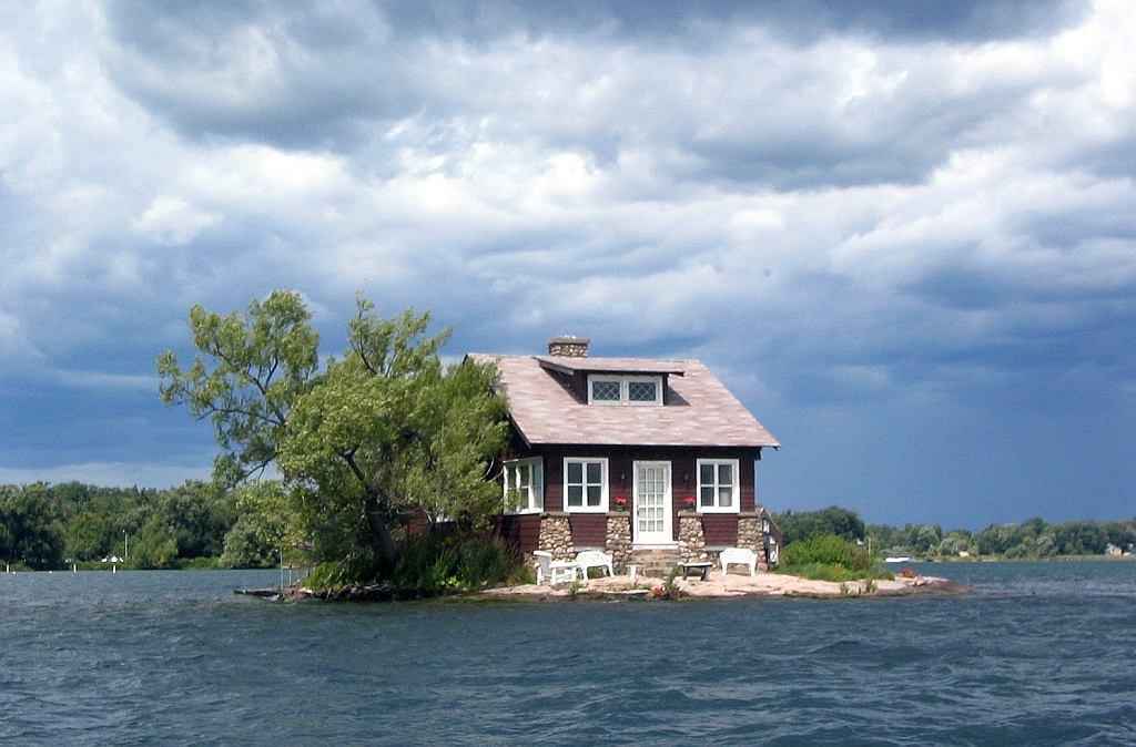 Domek na wyspie 'Just Room Enough'