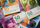 Rocznica przełomowego dla frankowiczów wyroku. Kłopoty z rozliczeniami kredytów i zawyżane opłaty