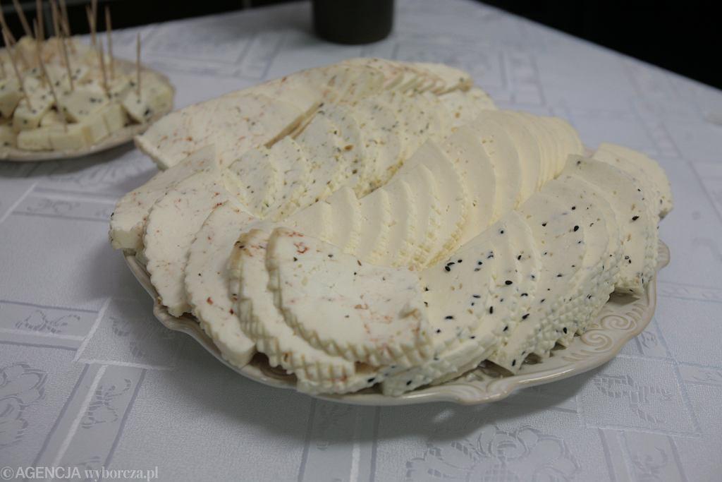 Ser koryciński w różnych odsłonach.