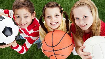 60 minut ruchu dziennie. Tyle zalecają lekarze dla zdrowego rozwoju dzieci.