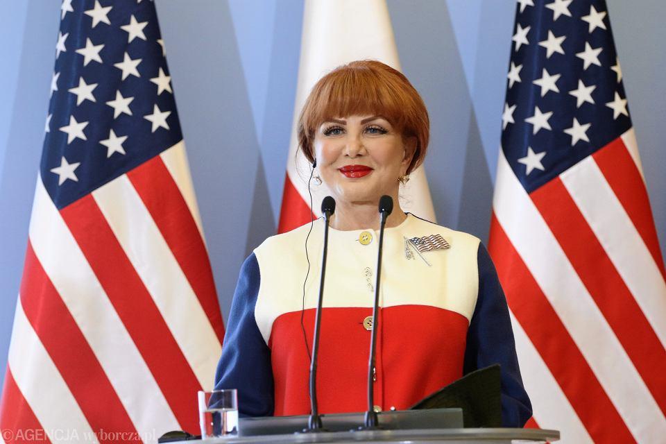Ambasador USA w Polsce Georgette Mosbacher. O obecnej amerykańskiej administracji można powiedzieć wiele złego, ale zachowanie wolności prasy w Polsce najwyraźniej ciągle ma dla niej fundamentalne znaczenie.