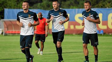 Michał Koj, Marcin Robak i Tomasz Lisowski na treningu Pogoni