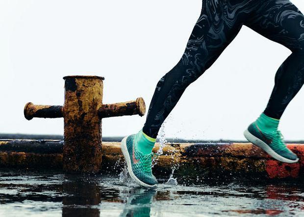 Zdjęcie numer 3 w galerii - W czym biegać, gdy za oknem zimno i mokro? Przegląd kolekcji jesień - zima.