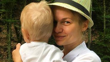 Emilia Komarnicka zapozowała do selfie z mężem. To rzadkość!
