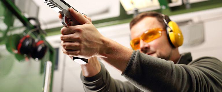 Wystrzałowy prezent - voucher na strzelnicę