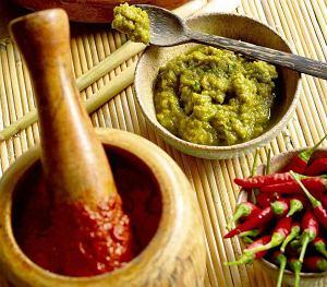 Pasty curry czerwona i zielona