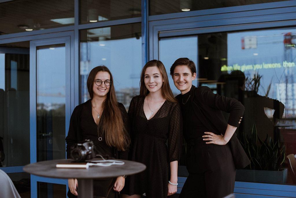 Twórczynie projektu #AkcjaMenstruacja. Od lewej Emilia Kaczmarek, Julia Kaffka i Magda Demczak