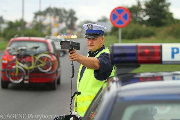 Kontrola prędkości w Toruniu (fot. Wojciech Kardas / Agencja Gazeta)