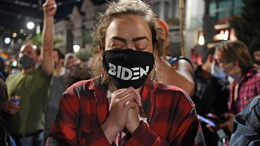 Świętowanie zwycięstwa Joe Bidena przez jego zwolenników w San Francisco