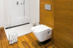 Drewniane podłogi w łazience - co warto wiedzieć