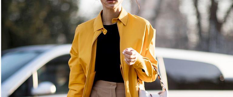 Modne kurtki na jesień w atrakcyjnej cenie. Pikowaną kupisz na wyprzedaży za mniej niż 80 zł
