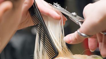 Fryzury odmładzające po 40-tce. Krótkie cięcia, które odmładzają i podkreślają urodę