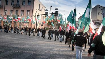 W 2016 roku marsz z okazji urodzin ONR zablokował miasto (fot. Marcin Onufryjuk / AG)