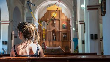 Młodzież na całym świecie jest coraz mniej religijna - wynika z najnowszego raportu Pew Research Center