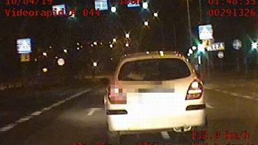 Pijany 17-latek wiózł pijanego ojca. Uciekali autem przed policją w Rzeszowie