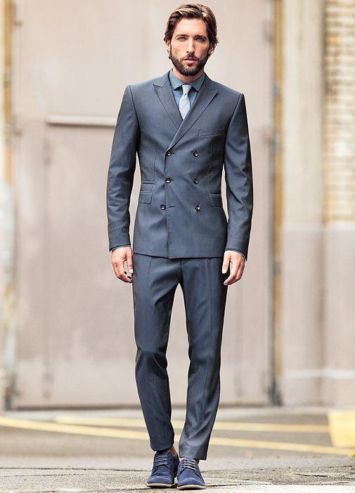 Styl: co nosimy tego lata, styl, moda męska, Z kolekcji Strellson: garnitur - cena: 2290 zł koszula - cena: 299 zł