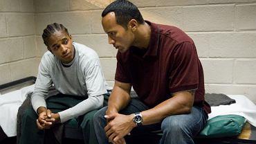 """Dwayne Johnson (z prawej) w """"Gangu z boiska"""""""