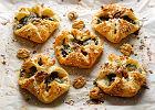 Ciasto francuskie ze szpinakiem - najprostsza przekąska