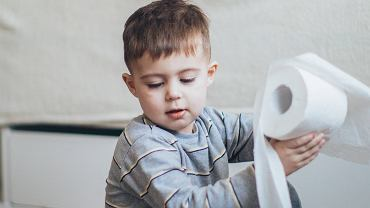Zaparcia u dzieci - jak pomóc swojemu dziecku? Objawy i leczenie