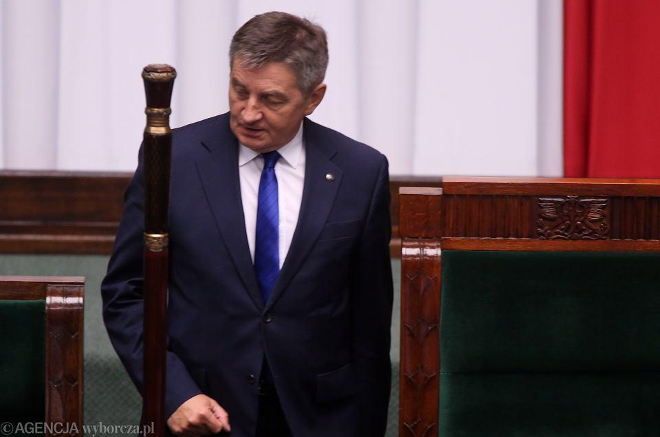 Marszałek Kuchciński na poniedziałkowych obradach Sejmu