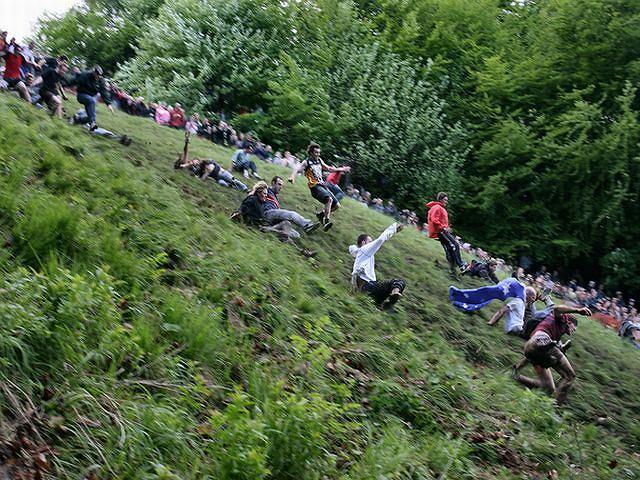 Turlanie Sera z Cooper's Hill