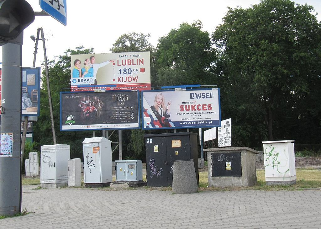 Tablice reklamowe i skrzynki elektryczne