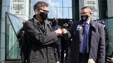 21.04.2021, sędziowie Igor Tuleya i Paweł Juszczyszyn przed Sądem Najwyższym