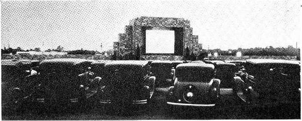 Pierwsze w historii kino samochodowe, uruchomione w 1933 roku przez Richarda Hollingsheada Juniora / Fot. autor nieznany/domena publiczna/Wikipedia
