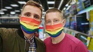 Z takimi maseczkami do stref wolnych od LGBT? A niby dlaczego nie?