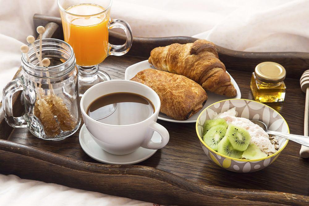 Śniadanie do łóżka - kto by nie chciał go dostać od ukochanej osoby!