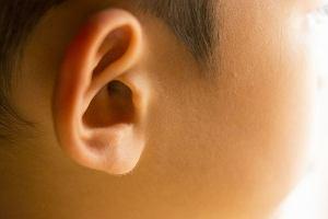Korekta uszu u dziecka - kiedy taki zabieg jest konieczny