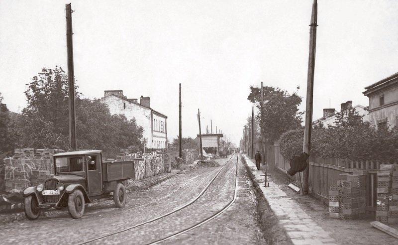 Przedwojenna ulica Szczęśliwicka.