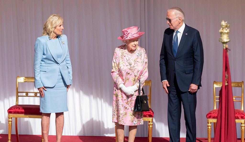 Pierwsza dama Jill Biden, królowa Elżbieta II i prezydent USA Joe Biden