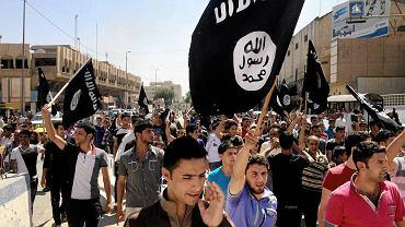 Demonstracja zwolenników Państwa Islamskiego w Iraku