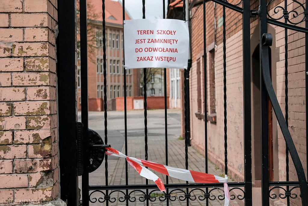 Poznańskie szkoły są nadal zamknięte z powodu epidemii koronawirusa