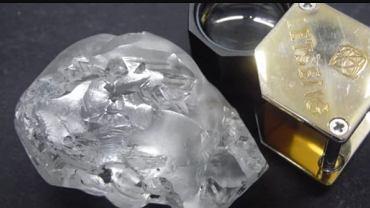 Diamenty znaleziony w Lestho