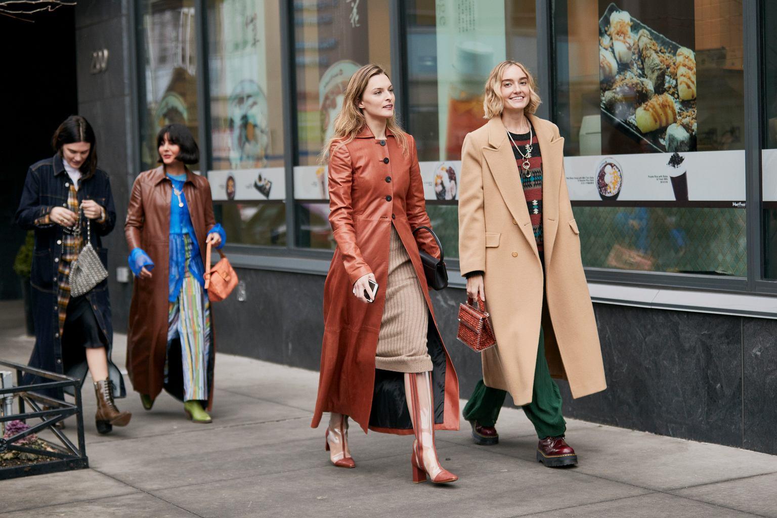 Eleganckie płaszcze na jesień i zimę