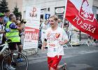 Paweł Mej przebiegł 93 kilometry boso w 24 godziny. Bieg zorganizowano dla chorego Arturka