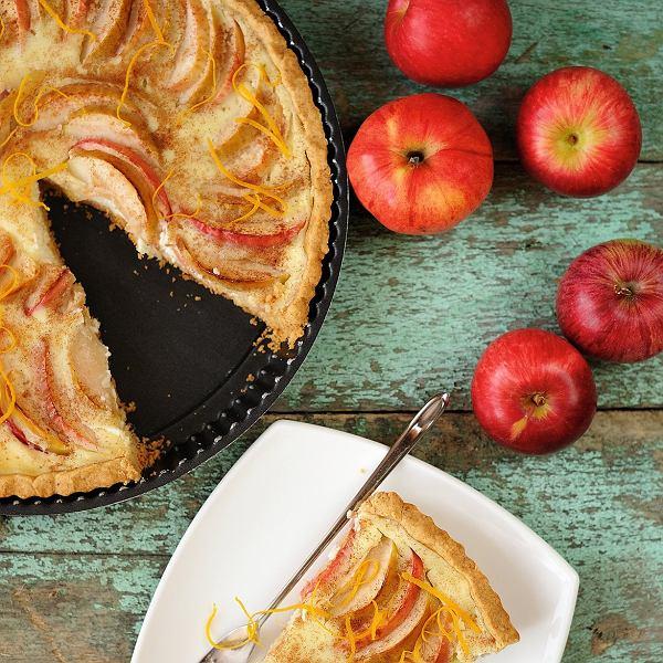 Jabłka na słodko i na wytrawnie. Łatwe przepisy na dania główne przekąski i desery z jabłkami.