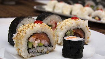 Miłośnicy japońskiej kuchni także znajdą coś dla siebie wśród propozycji śląskich restauracji. I to na wynos